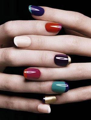как накрасить ногти двумя цветами