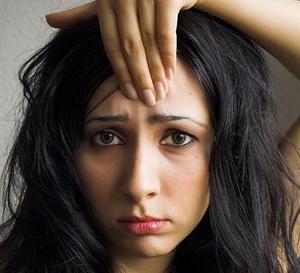 Как уменьшить и совсем избавиться от морщин под глазами